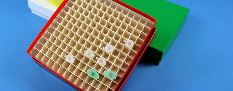 Alpha Boxen 136x136 mm +Raster
